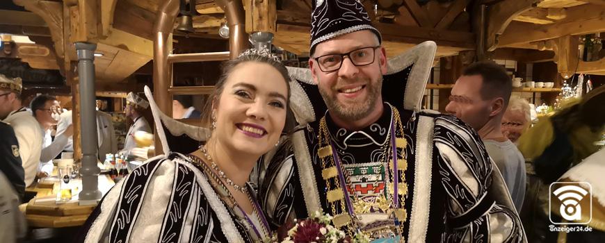 Prinzenpaar-Hilden-Karneval-Stefan-MareikejQehvcv2FvhHQ