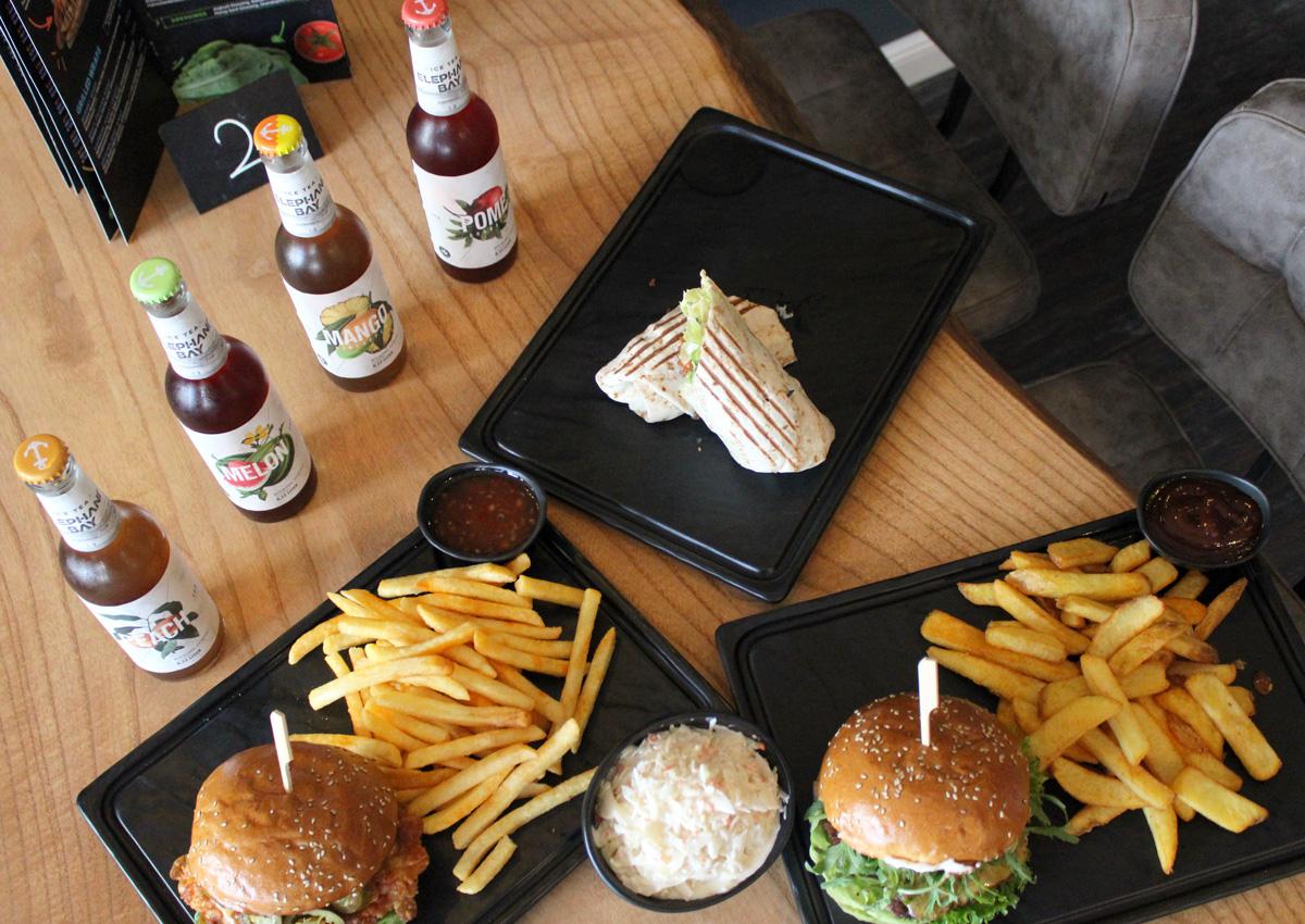 Thirtyfive-Burger-Laden-Hilden-Catering-Firmen-Wrap-Limonade