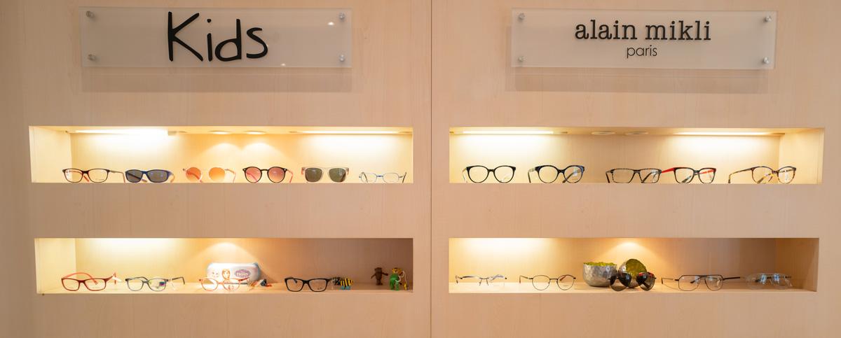 Brillen-Rottler-Hilden-Optiker-Sehtest-Hornhaut-Dicken-Messung